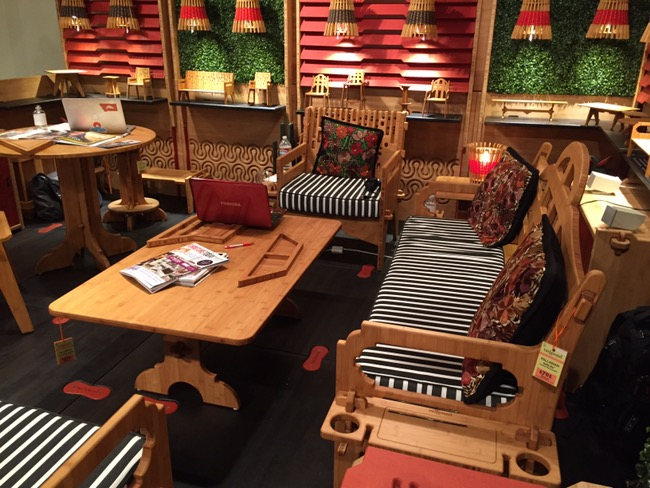 Awesome Outdoor Furniture That Ships Flat From Wedgewood Furniture At Las Vegas Market Rug