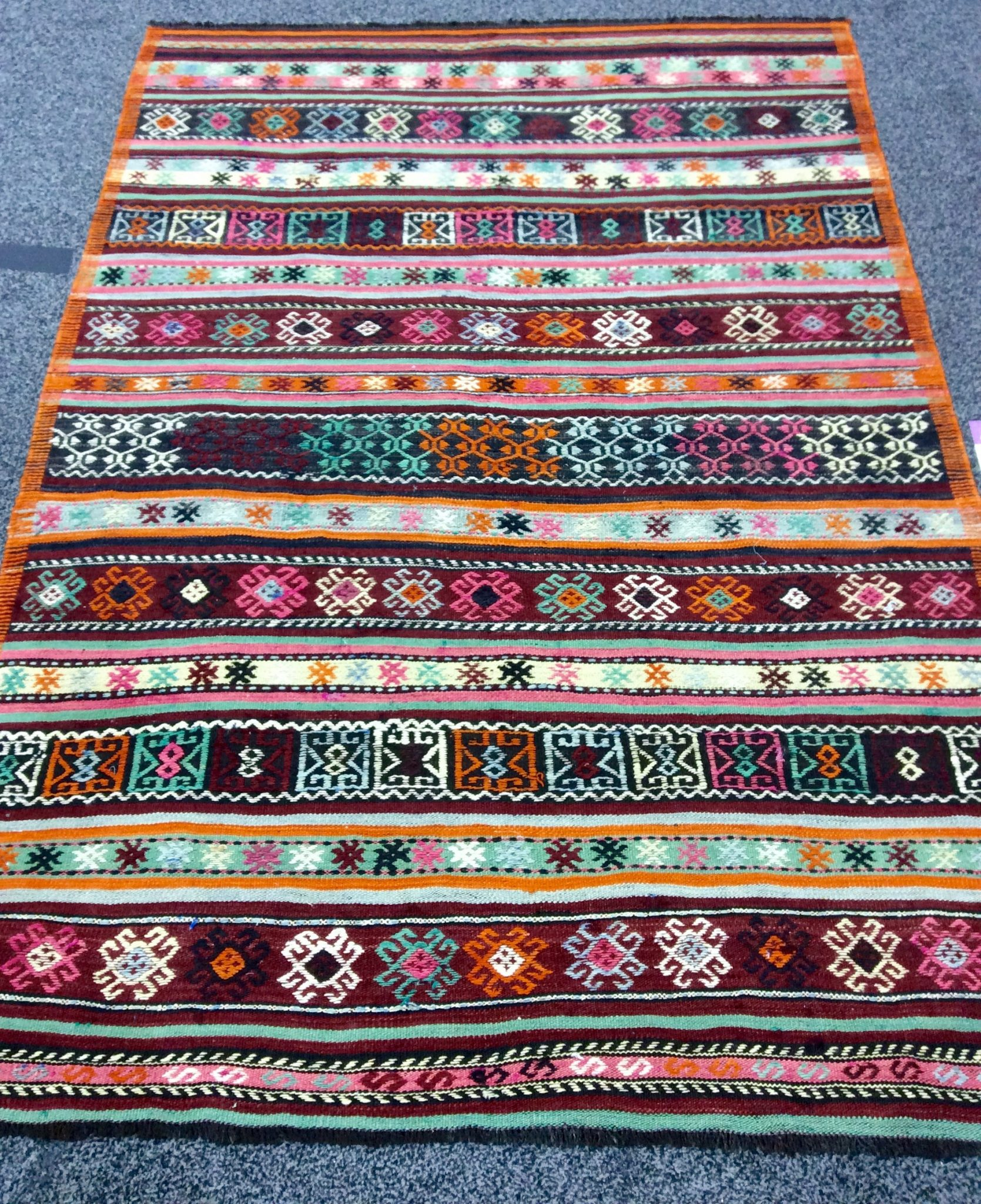 Another Gorgeous Vintage From Tasdemir This Rug Is The Anatolian 1960s Turkish Hand Made Knotted Of 100 Wool